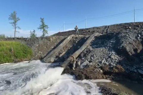 На предприятиях «Норникеля» произошла очередная экологическая катастрофа. Полиция не позволила вывести пробы для независимой экспертизы