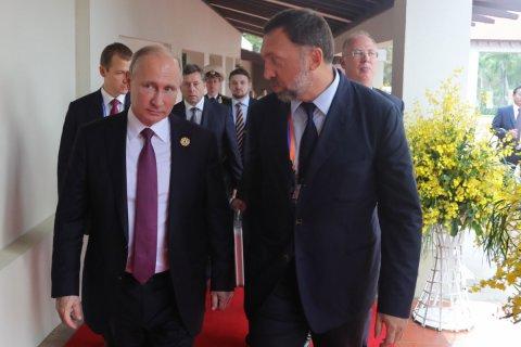 Госдума голосами единороссов одобрила во втором чтении создание российских офшоров для Дерипаски